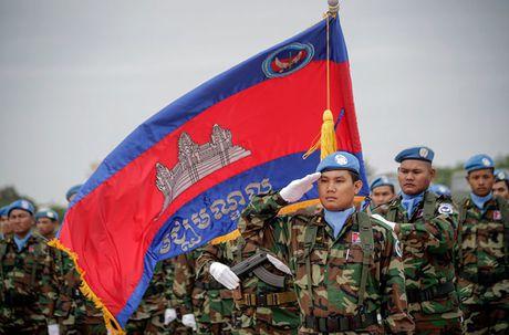 Campuchia bat ngo tang 19% ngan sach quoc phong nam 2017 - Anh 3