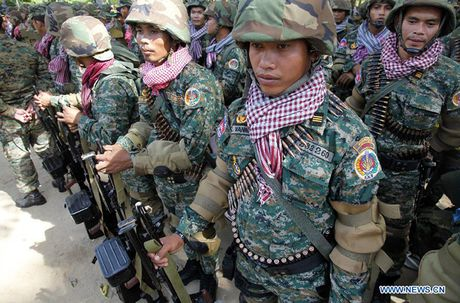 Campuchia bat ngo tang 19% ngan sach quoc phong nam 2017 - Anh 4