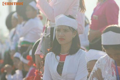 Phu nu Muong xinh dep trong man trinh dien chieng lap ky luc - Anh 5