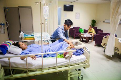 Phat ghen cach Phan Hien cham soc Khanh Thi - Anh 2