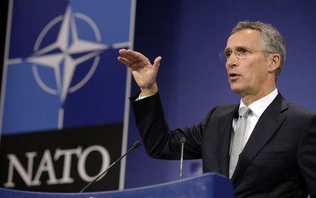 NATO tin tuong vai tro lanh dao cua ong Donald Trump - Anh 1