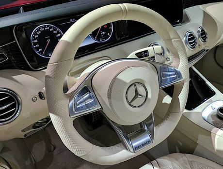 Mau xe hop Mercedes dat do nhat trinh lang, dep choang ngop - Anh 4