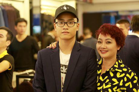 MC Phan Anh lich su cui nguoi nang vay cho nu dong nghiep - Anh 3