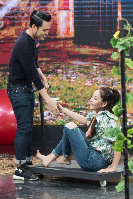 Chi Pu 'cap ke', cham soc tan tinh Quang Vinh - Anh 6