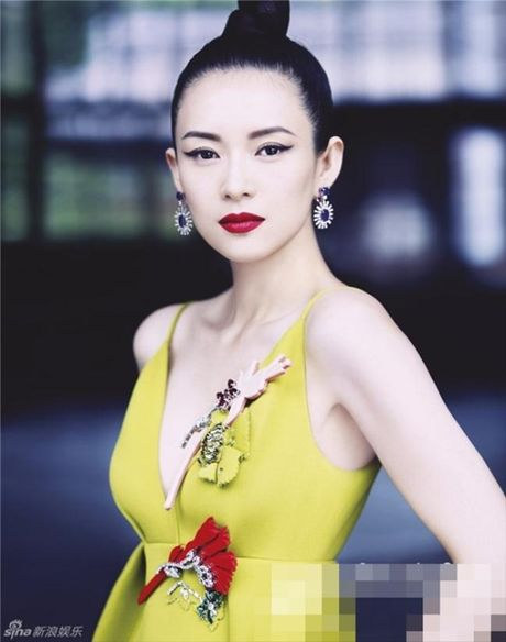 Nhung scandal 'cuop vai' on ao nhat lang giai tri Hoa ngu - Anh 7
