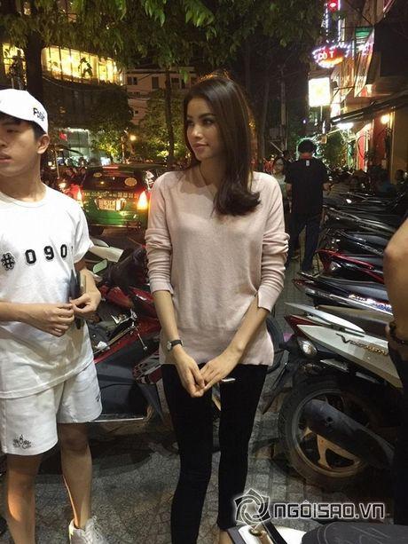 Gu thoi trang doi thuong dep hut hon cua Pham Huong - Anh 16
