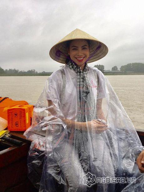 Gu thoi trang doi thuong dep hut hon cua Pham Huong - Anh 19
