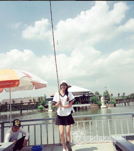 Gu thoi trang doi thuong dep hut hon cua Pham Huong - Anh 6