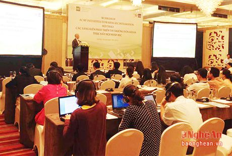 Sang kien phat trien thi truong von ASEAN - Anh 1