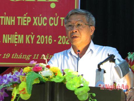 Pho Chu tich UBND tinh Le Xuan Dai tiep xuc cu tri Nghia Dan - Anh 2