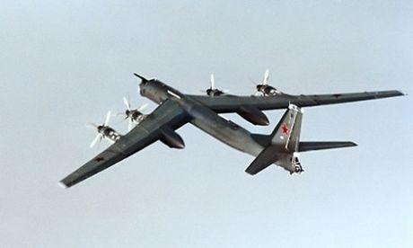Oanh tac co Tu-95 Nga phong ten lua hanh trinh diet IS - Anh 1