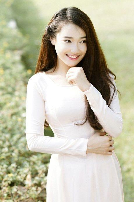 Chang can dam da hoi long lay, Nha Phuong dien ao dai cung khien fan me met - Anh 13
