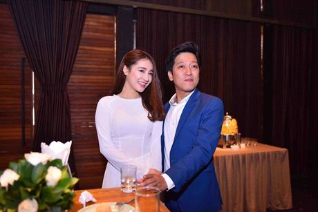 Chang can dam da hoi long lay, Nha Phuong dien ao dai cung khien fan me met - Anh 2