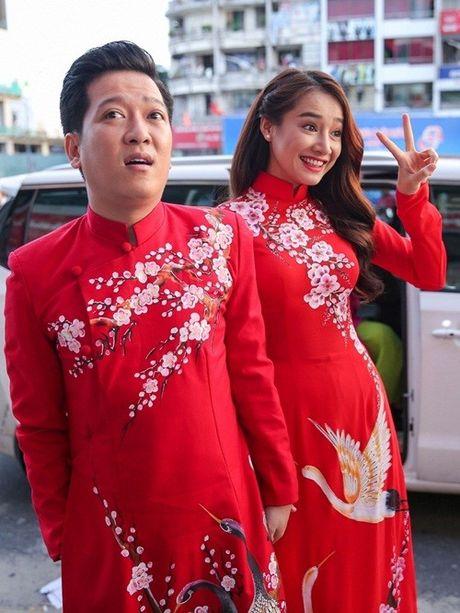 Chang can dam da hoi long lay, Nha Phuong dien ao dai cung khien fan me met - Anh 8
