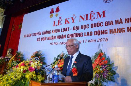 Khoa Luat – Dai hoc Quoc gia Ha Noi don nhan Huan chuong lao dong hang Nhi - Anh 3