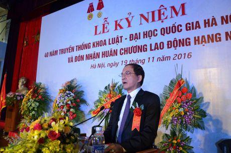 Khoa Luat – Dai hoc Quoc gia Ha Noi don nhan Huan chuong lao dong hang Nhi - Anh 4