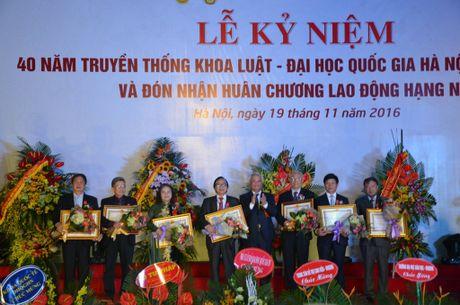 Khoa Luat – Dai hoc Quoc gia Ha Noi don nhan Huan chuong lao dong hang Nhi - Anh 5