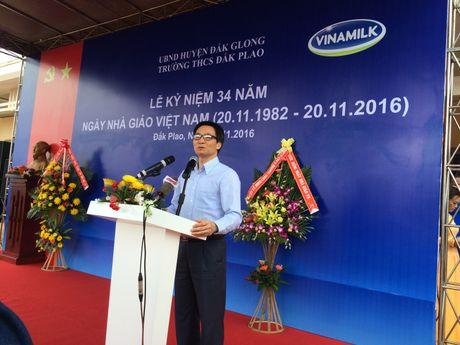 Pho Thu tuong Vu Duc Dam du Le ky niem Ngay Nha giao VN tai truong vung sau - Anh 1