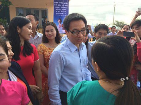 Pho Thu tuong Vu Duc Dam du Le ky niem Ngay Nha giao VN tai truong vung sau - Anh 3