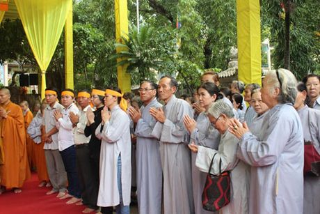 Lanh dao tinh Khanh Hoa vieng Pho Phap chu Thich Thien Binh - Anh 6