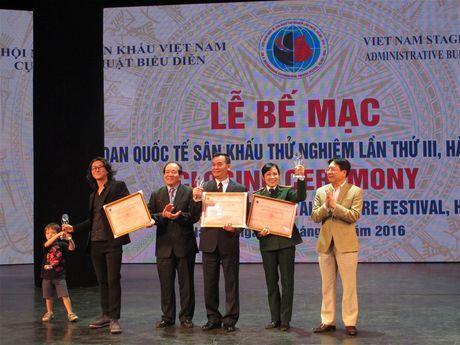 'Duoi cat la nuoc' gianh HCV Lien hoan quoc te san khau thu nghiem - Anh 2