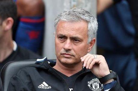 Wenger da loi thoi, Mourinho con lac hau hon - Anh 2
