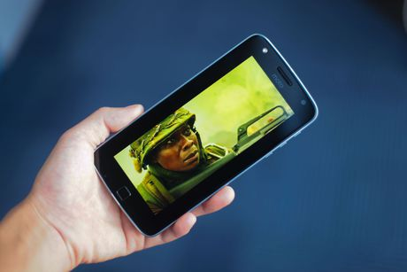 Mo hop Moto Z Play, camera 16 MP vua ve VN - Anh 15