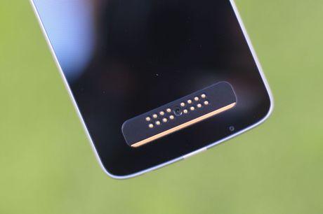 Mo hop Moto Z Play, camera 16 MP vua ve VN - Anh 5
