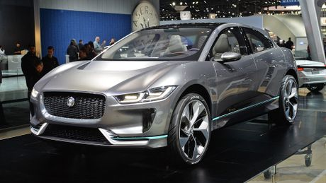 Jaguar I-Pace concept: Tuong lai cua SUV dien - Anh 3