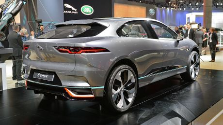 Jaguar I-Pace concept: Tuong lai cua SUV dien - Anh 4