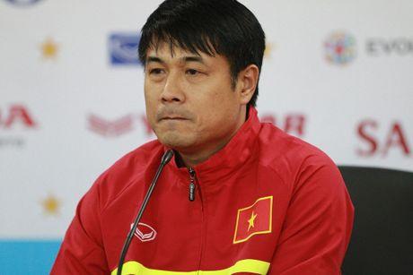 HLV Huu Thang: 'DT Viet Nam duoc danh gia qua cao' - Anh 1