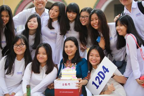 Hoc tro in anh thay giao than tuong ngay 20/11 - Anh 4