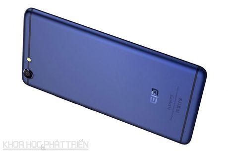 Smartphone thiet ke tuyet dep, chip 10 nhan, gia hon 3 trieu dong - Anh 25