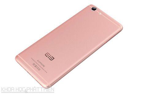 Smartphone thiet ke tuyet dep, chip 10 nhan, gia hon 3 trieu dong - Anh 27