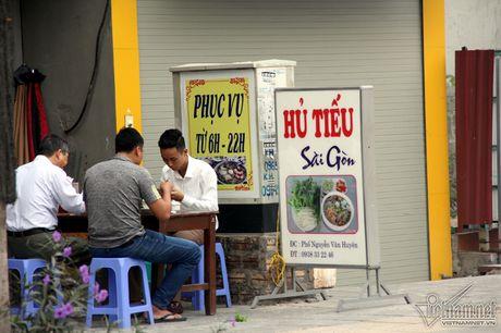An hoa 'bom chay' giang khap pho Ha Noi - Anh 20