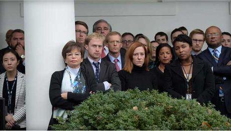 So phan hang tram nhan vien sau khi Obama roi Nha Trang - Anh 1