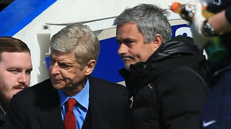 Gay can Mourinho vs Wenger thach dau truoc dai chien - Anh 2
