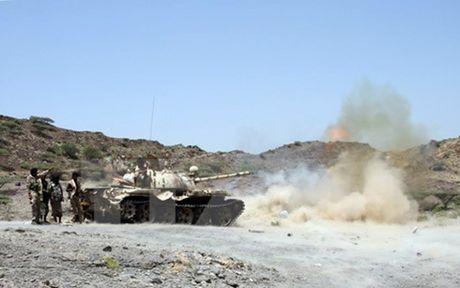Giao tranh du doi tai Yemen khien gan 100 nguoi thuong vong - Anh 1