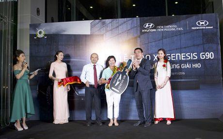 Hyundai Thanh Cong trao thuong Genesis G90 cho golf thu - Anh 1