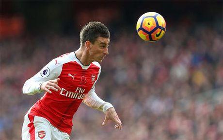 Doi hinh 'cong thu toan dien' cua Arsenal truoc MU - Anh 4