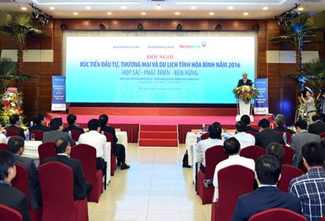Thu tuong Nguyen Xuan Phuc du hoi nghi xuc tien dau tu tai Hoa Binh - Anh 1