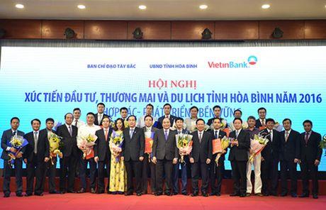 Thu tuong Nguyen Xuan Phuc du hoi nghi xuc tien dau tu tai Hoa Binh - Anh 3