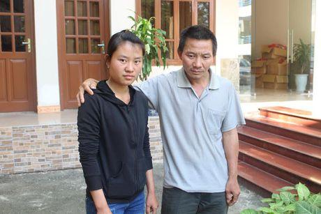 Nu sinh dat giai quoc gia truot DH nhan hoc bong 300 trieu dong - Anh 2