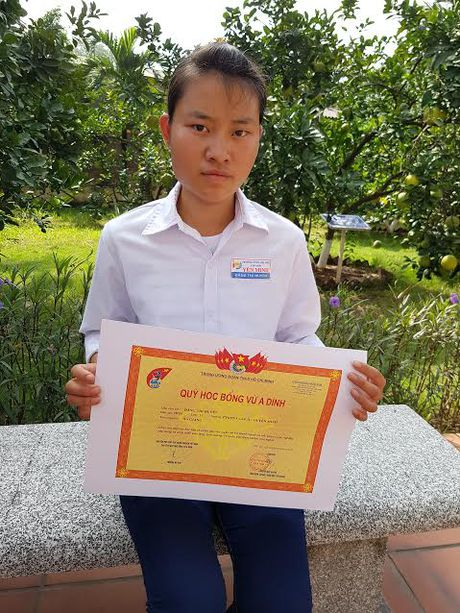 Nu sinh dat giai quoc gia truot DH nhan hoc bong 300 trieu dong - Anh 3