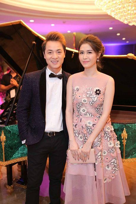 My Linh dien style goi cam, lan at diva Hong Nhung - Anh 10