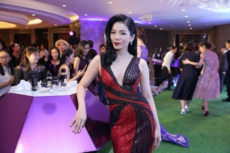 My Linh dien style goi cam, lan at diva Hong Nhung - Anh 7