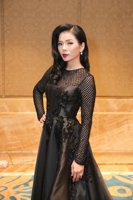 My Linh dien style goi cam, lan at diva Hong Nhung - Anh 8