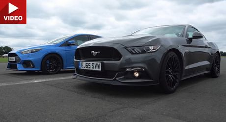 Xem 'cuoc doi dau' giua Focus RS voi Mustang GT - Anh 1