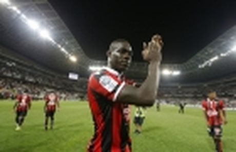 Vong 13 Ligue 1: Falcao gop cong giup Monaco soan ngoi Nice - Anh 6