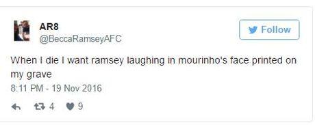 Sao Arsenal khien CDV 'phat cuong' vi dam 'cuoi vao mat Mourinho' - Anh 2